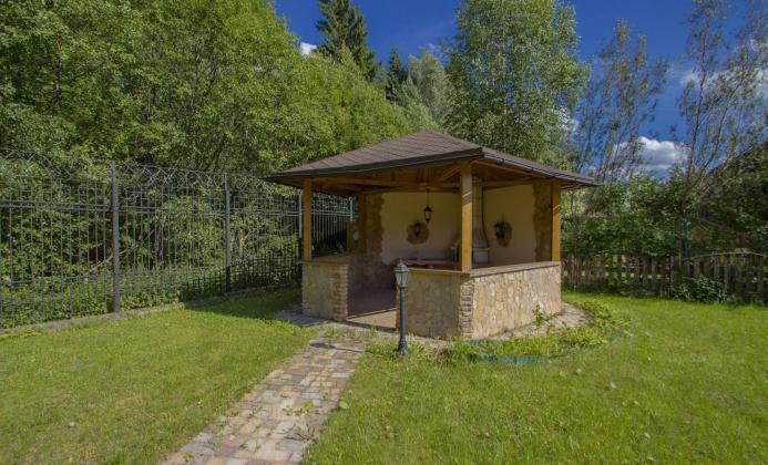 Дом 300 м<sup>2</sup> (20 сот.) в поселке Нахабино Кантри