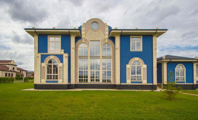Дом 1 072 м<sup>2</sup> (33 сот.) в поселке Шато Соверен