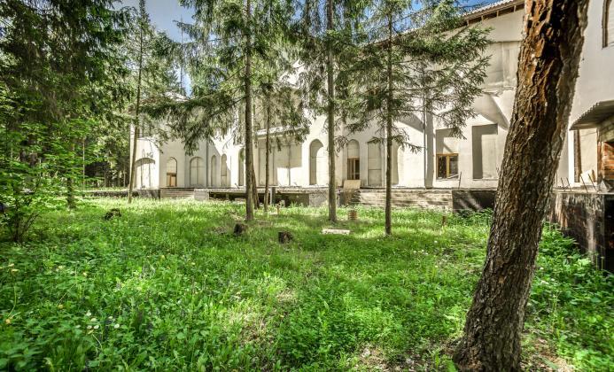 Дом 2 200 м<sup>2</sup> (80 сот.) в поселке Успенский Лес
